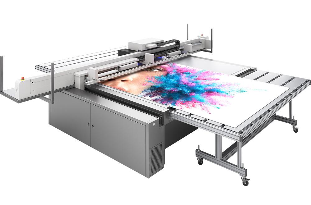 Option en panneaux médias rigides très grand format pour impression numérique grand format UV swissQprint