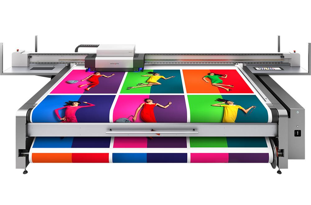 Option roll-to-toll pour impression numérique grand format UV swissQprint
